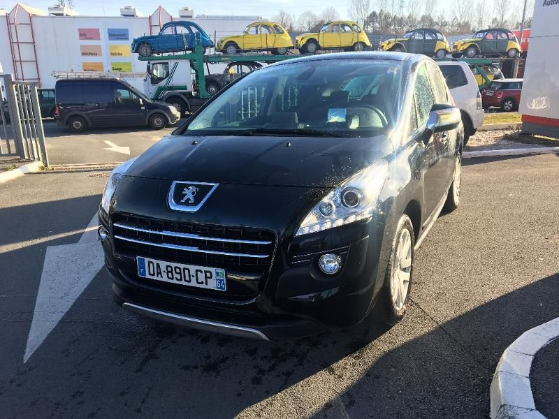 Véhicule occasion - PEUGEOT - 3008 HYbrid4